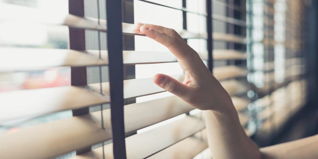 5 tipps wie es in der wohnung lange kuschelig warm bleibt bergmann elektrizit t. Black Bedroom Furniture Sets. Home Design Ideas