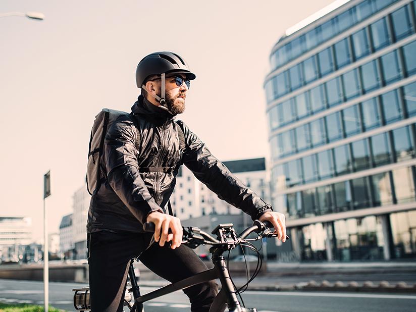 Mit dem smarten Fahrradhelm ganz vorn