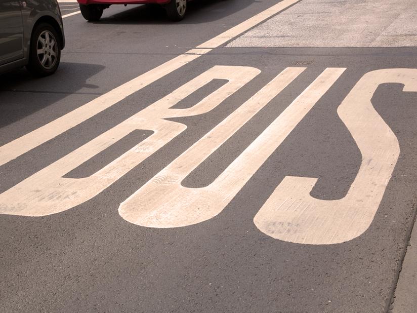 In manchen Städten mit dem E-Auto auf die Busspur